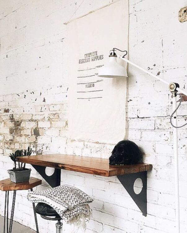chiếc bàn giúp câu hỏi tại nhà hiện ra để dành riêng cho căn hộ nhỏ
