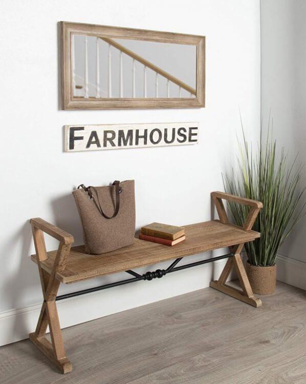 Hình ảnh băng ghế ngồi ở lối vào phong cách Farmhouse mộc mạc
