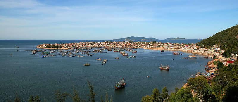 Thành lập 3 thị xã: Hoài Nhơn, Đông Hòa và Nghi Sơn