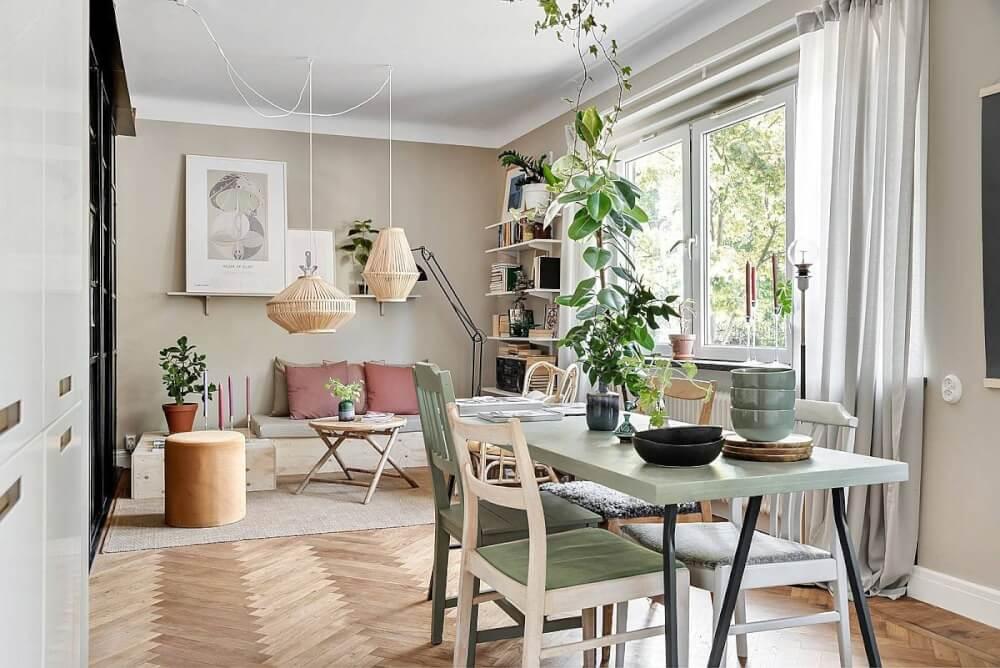 Hình ảnh toàn cảnh phòng ăn liên thông phòng khách trong căn hộ nhỏ