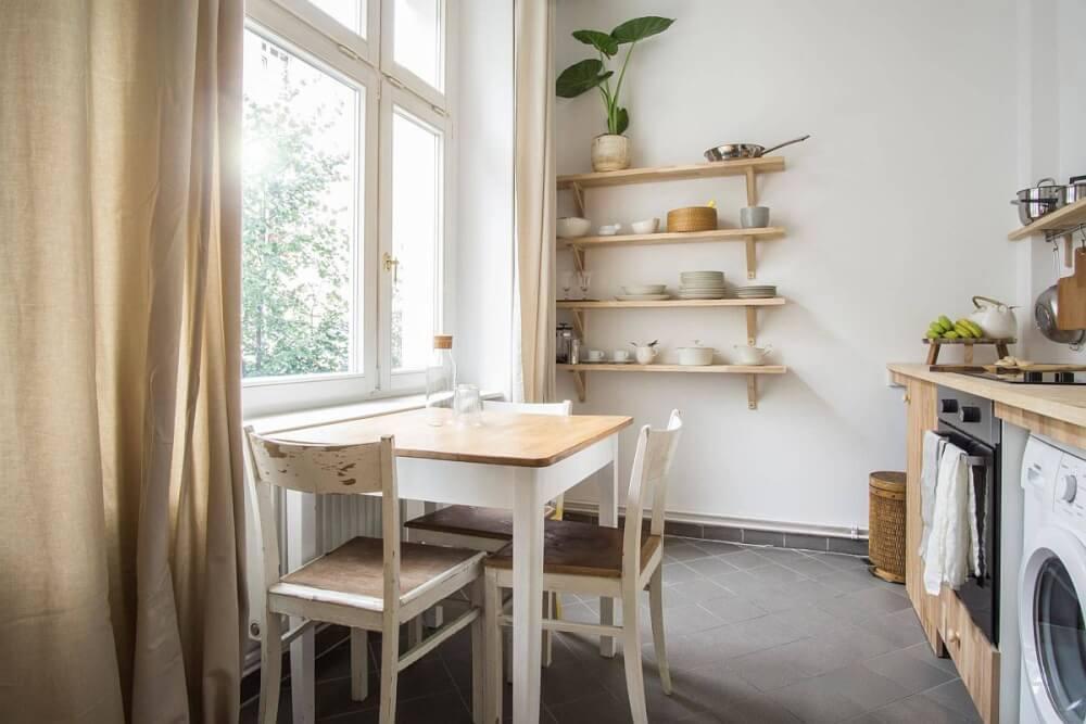 Hình ảnh phòng bếp ăn nhỏ tạo cảm giác bình yên