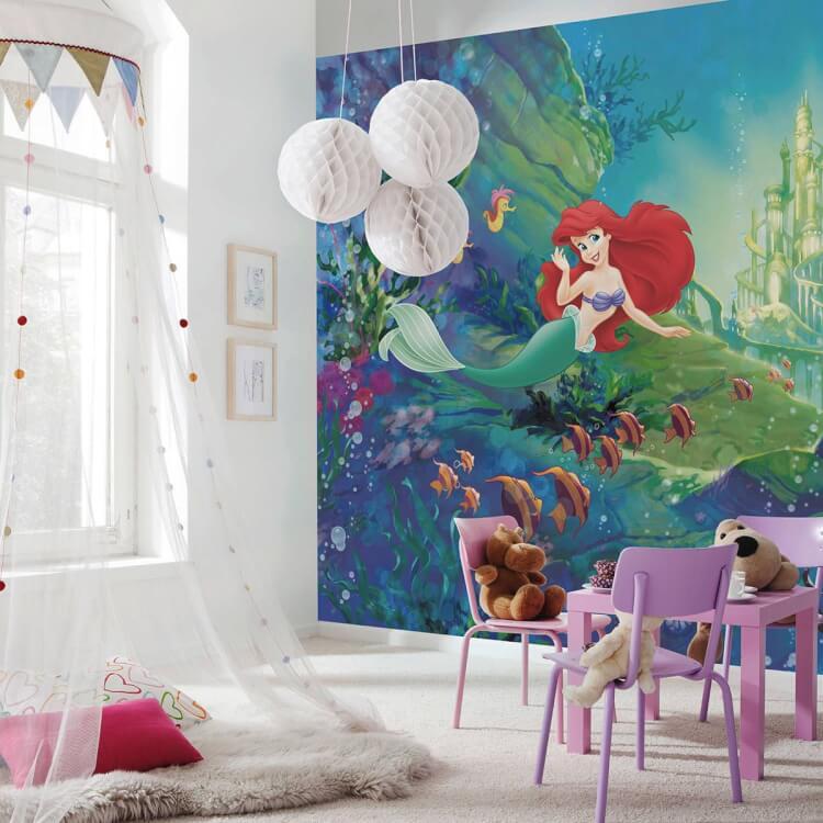 Hình ảnh phòng chơi cho bé gái ấn tượng vơi tranh tường nàng tiên cá