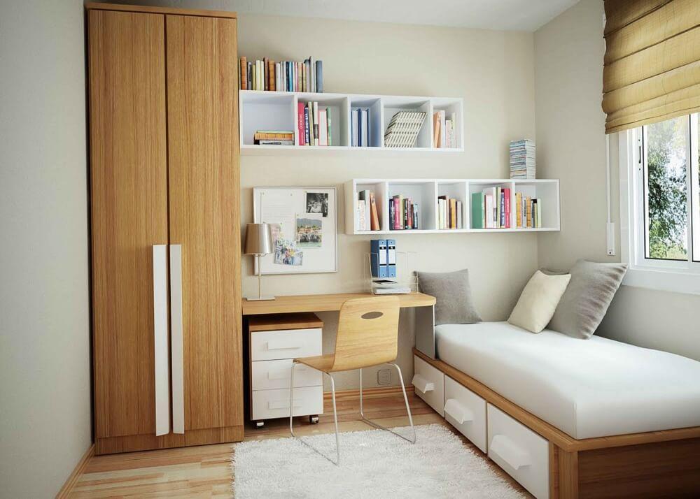 Hình ảnh phòng ngủ nhỏ với tủ gỗ cao kịch trần, giường bên cửa sổ, góc học tập gọn gàng