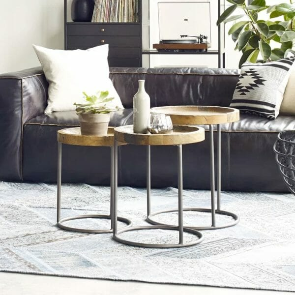 hình ảnh bàn cà phê Rustic mộc mạc