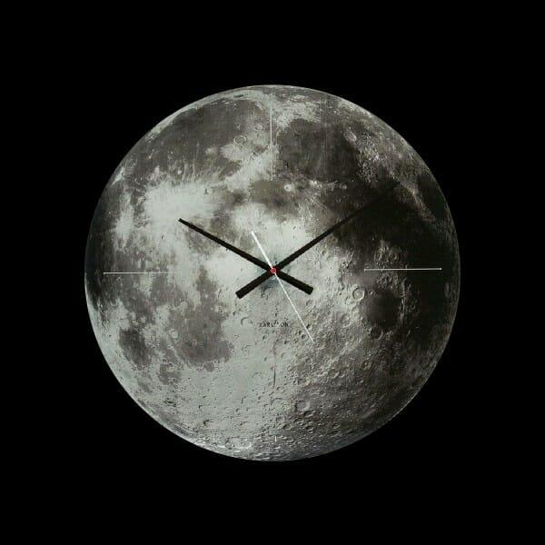 hình ảnh mẫu đồng hồ treo tường hình mặt trăng