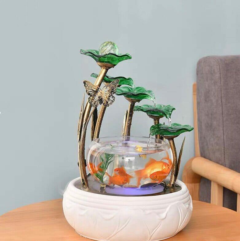 Bể cá mini phun sương có khả năng tạo ra hương thơm dễ chịu cho không gian làm việc.