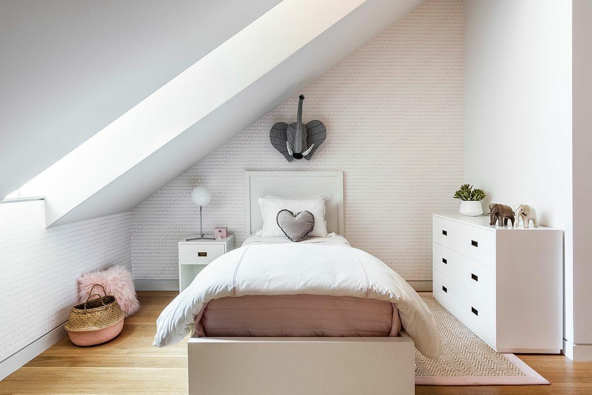 hình ảnh phòng ngủ con gái trên tầng áp mái