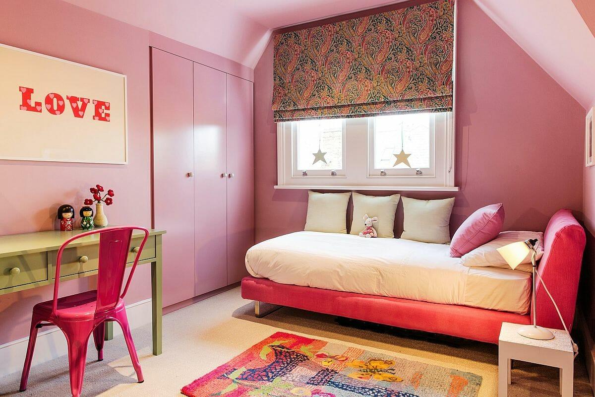 hình ảnh phòng ngủ con gái sử dụng tông màu hồng chủ đạo