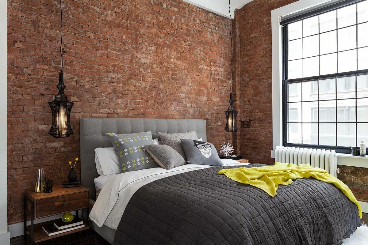 hình ảnh tường gạch thô tạo điểm nhấn cho phòng ngủ phong cách công nghiệp