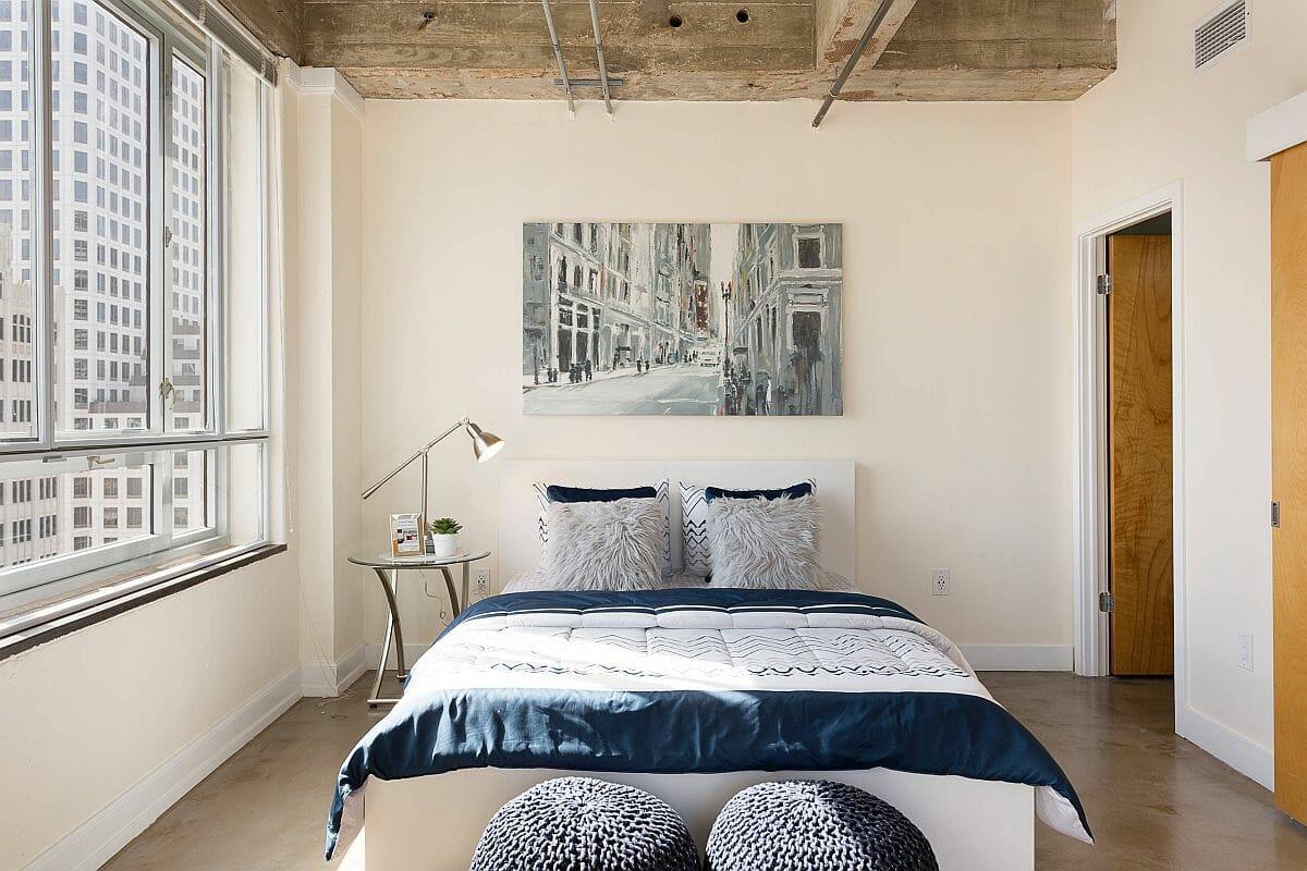 hình ảnh phòng ngủ nhỏ kết hợp giữa phong cách hiện đại và công nghiệp