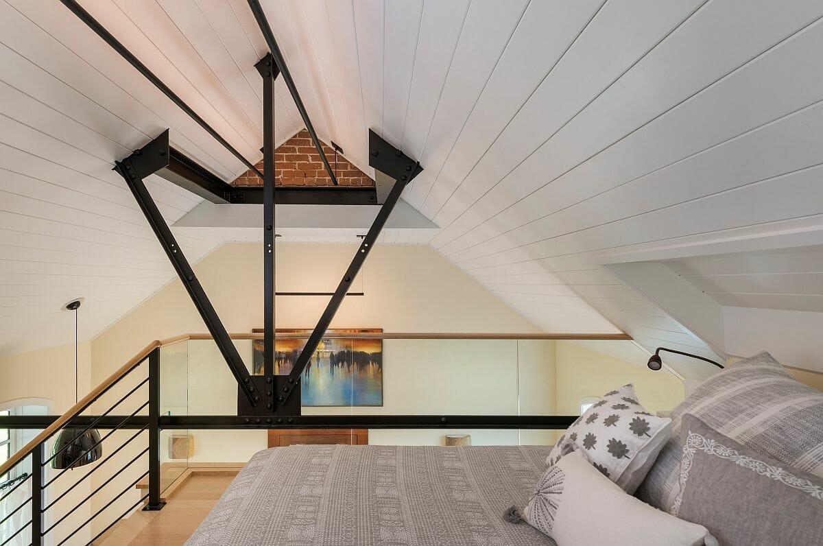 hình ảnh phòng ngủ nhỏ dành cho khách trên gác lửng