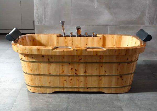 hình ảnh cận cảnh mẫu bồn tắm bằng gỗ