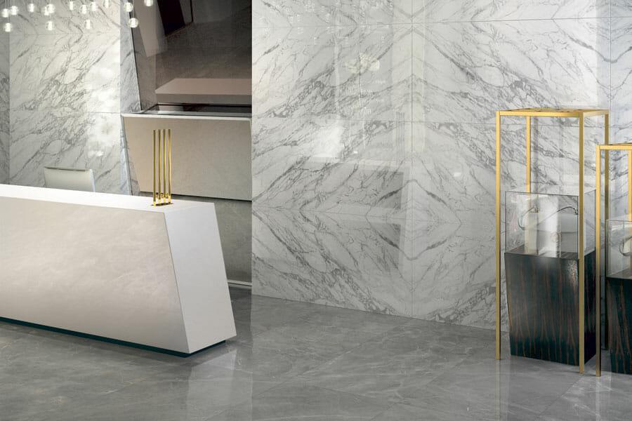 hình ảnh góc phòng ốp gạch giả đá marble màu trắng xám sang trọng
