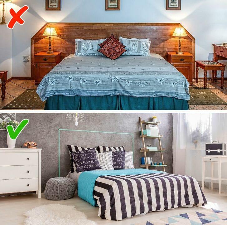 hình ảnh phòng ngủ được trang trí nội thất theo lối đối xứng với bàn đầu giường bằng gỗ, phòng ngủ dưới màu trung tính, bài trí thú vị, nổi bật với thảm trải kẻ sọc